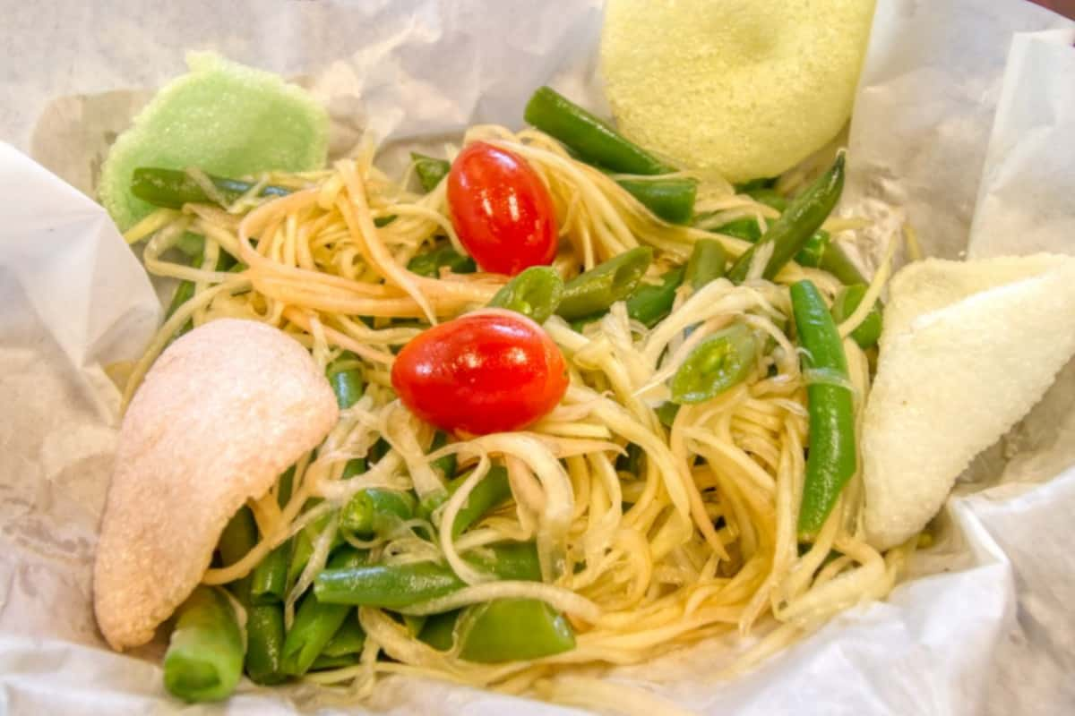 7. Vietnamese Style Green Papaya Salad